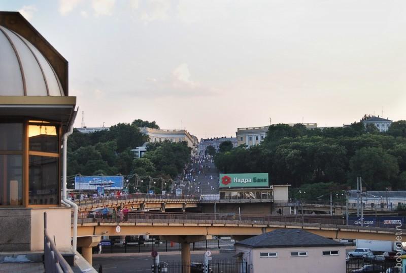 Вид на Потемкинскую лестницу