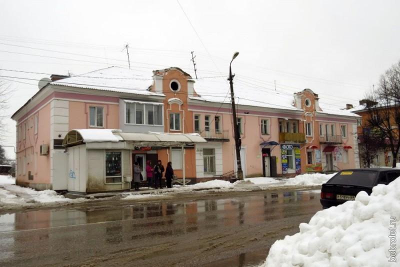 В основном, это дома с отремонтированными фасадами.