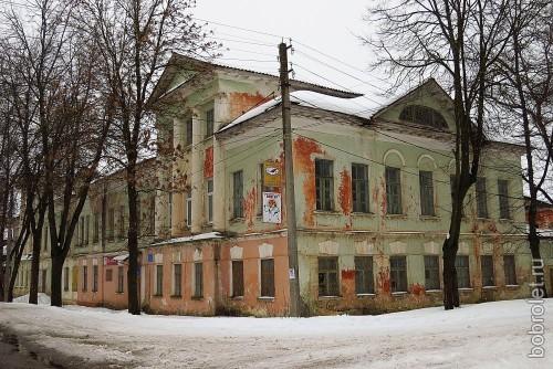 Вид с улицы Гоголя.